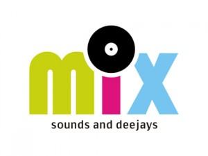 mix sound and deejays